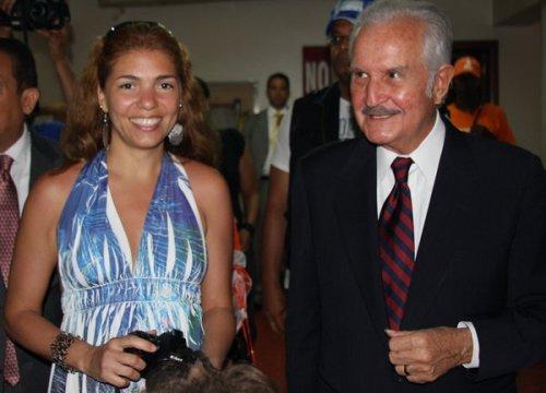 Escritores Carlos Fuentes y Karina Rieke